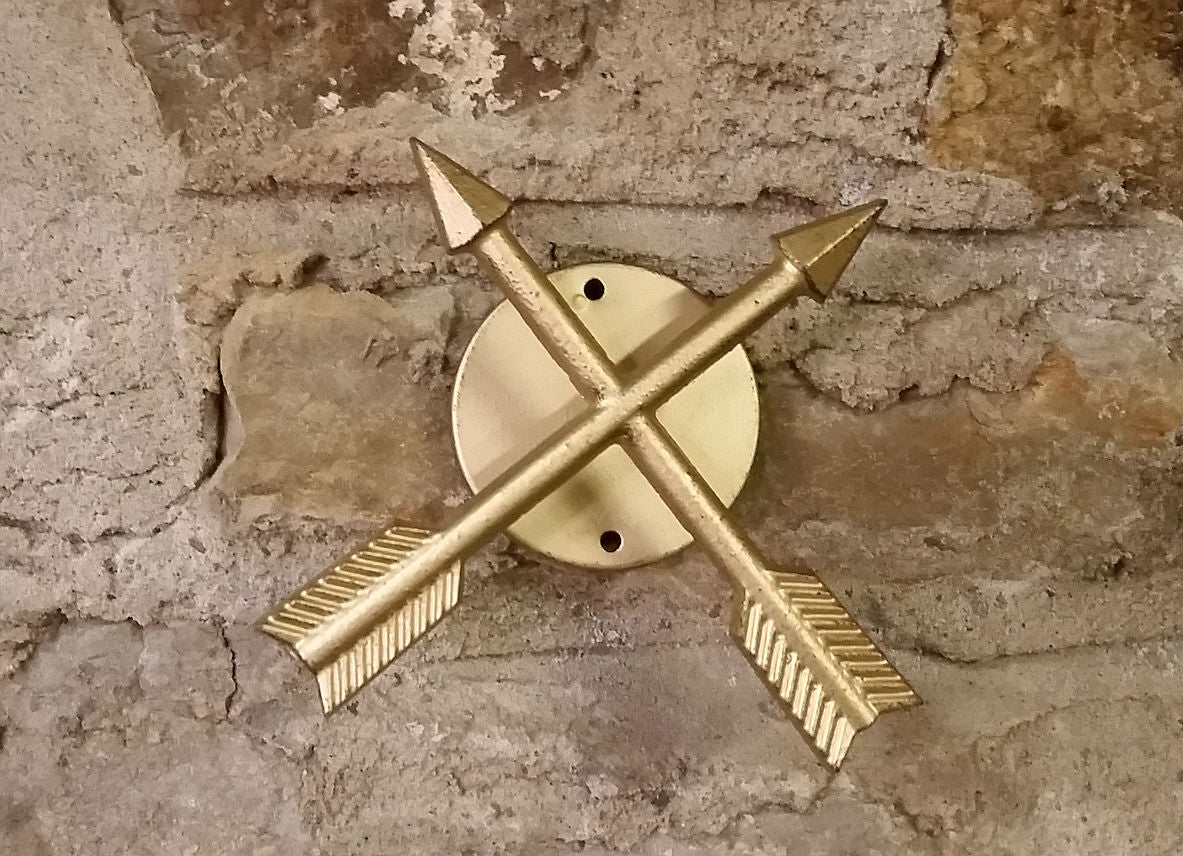 Crossed Arrow Wall Hook