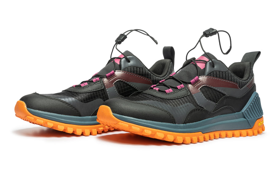 Women's Sierra Black Cranberry Orange