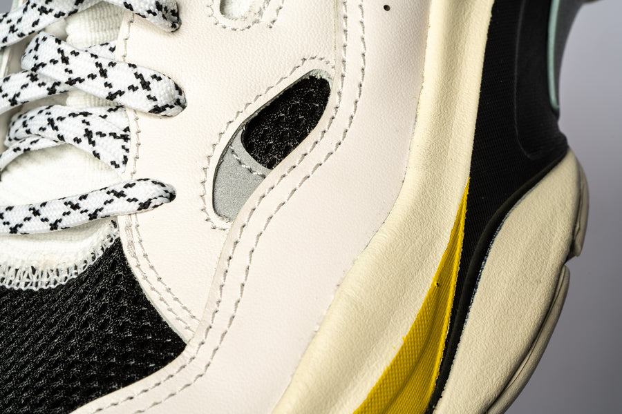 Women's Saga White Black Yellow