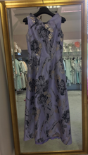 Load image into Gallery viewer, Fely Campo purple and gold printed dress