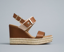 Load image into Gallery viewer, Tan leather wedge