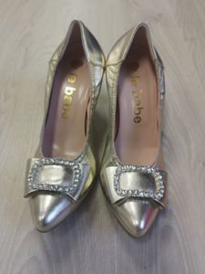 Gold pt high heel