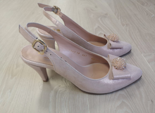 Load image into Gallery viewer, Pink slingback heel