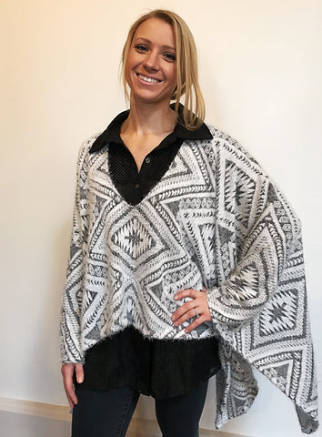 geo poncho - SOLD OUT