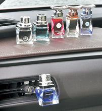 Load image into Gallery viewer, Samourai Car Fragrance 14ml - Tokyo-On