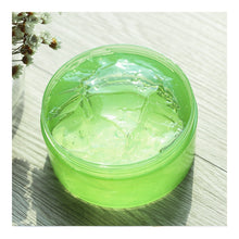 Load image into Gallery viewer, Nature Republic Soothing Moisture Aloe Vera 92% Soothing Gel 300ml - Tokyo-On