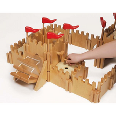Holztiger Castle and Figure Set