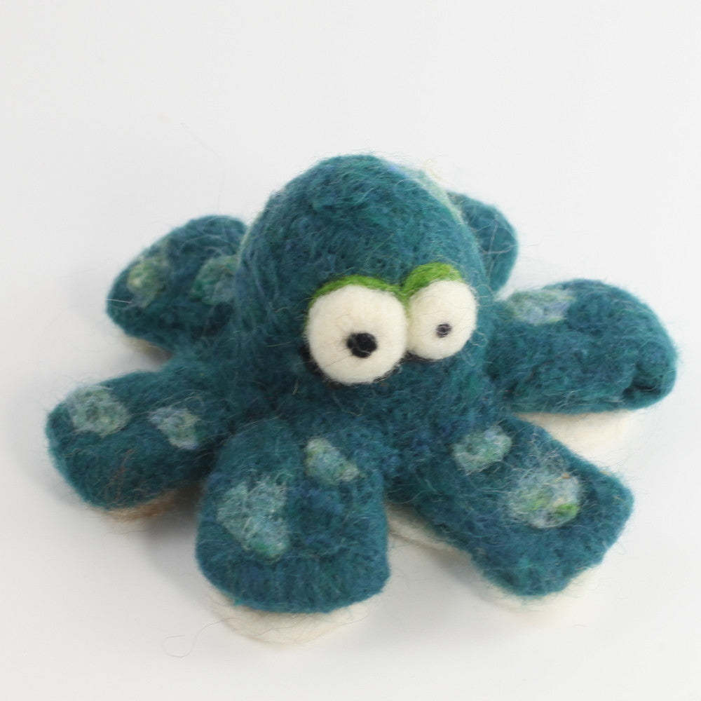 Olive the Octopus (Medium)
