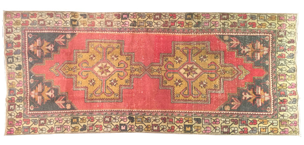 "Vintage Turkish Rug 3'9""x8'6"""