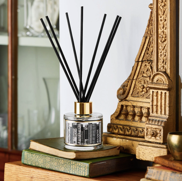 THE LIBRARY REED DIFFUSER