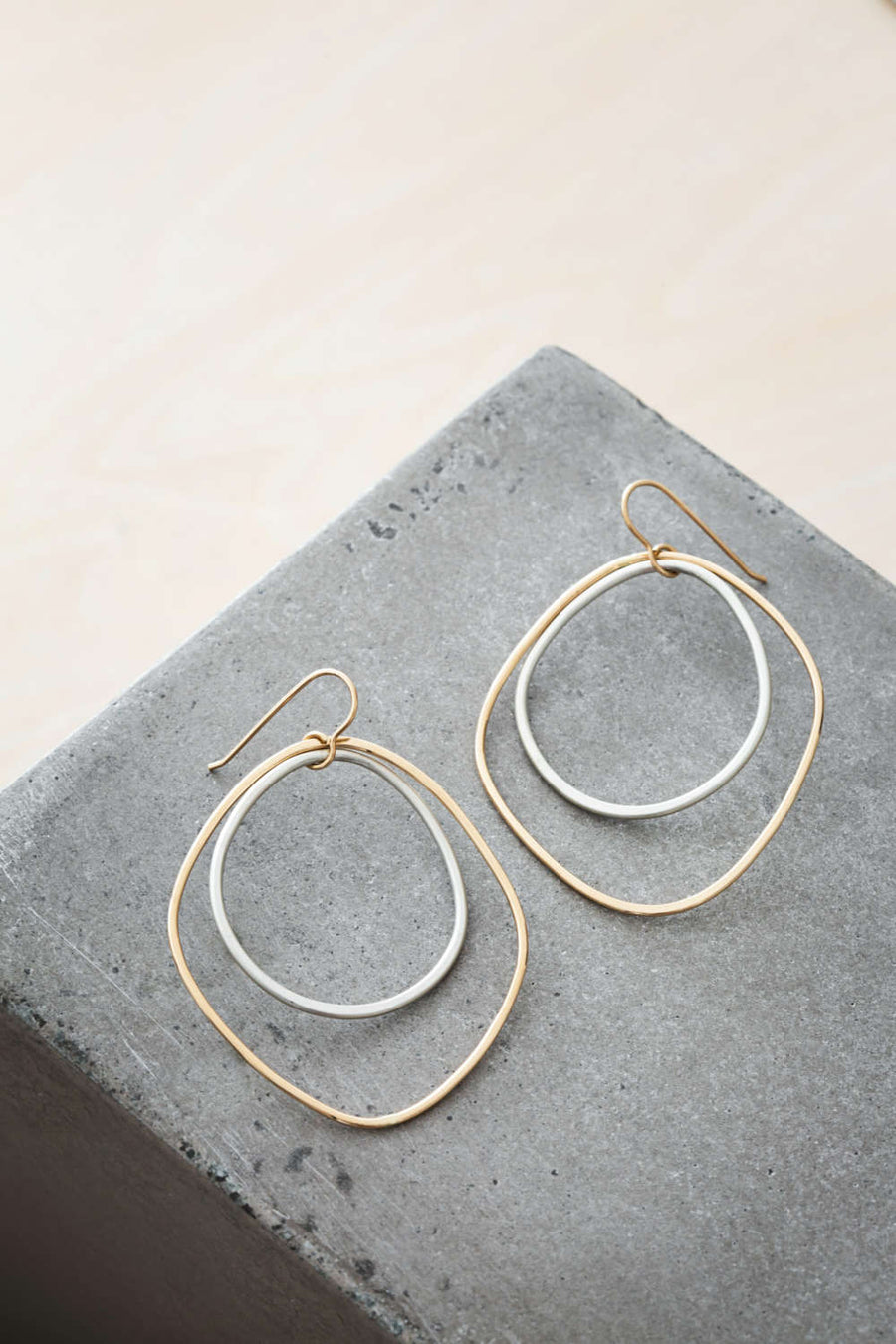 Large Double Angular Hoops