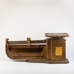 Antique Triner Scale