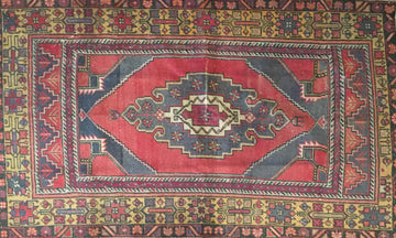 Vintage Turkish Rug 3'9