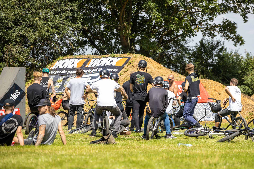 DIRT WARS BMX & MTB Comp