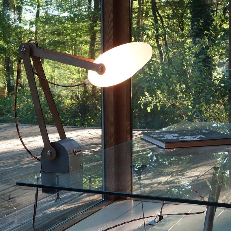 lampe d'architecte en bois led