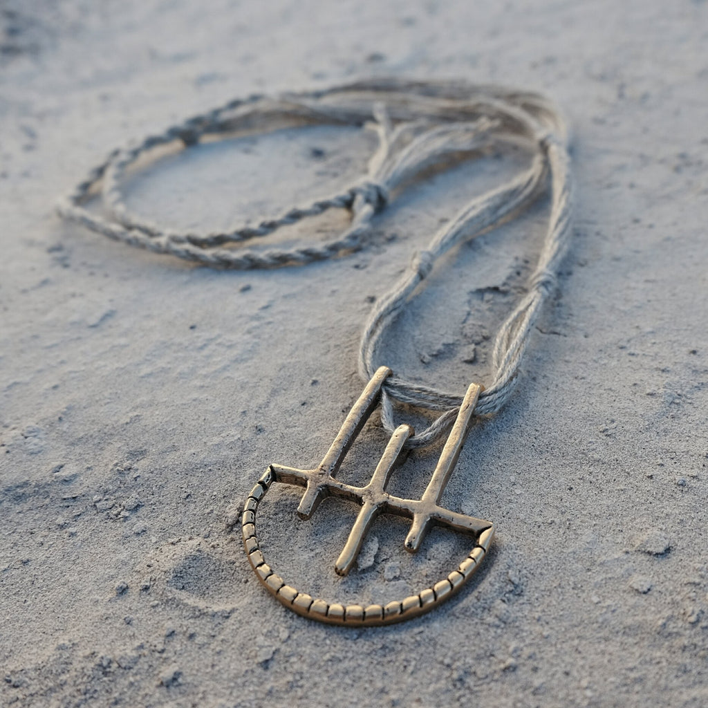 The Onatah pendant (SAND)