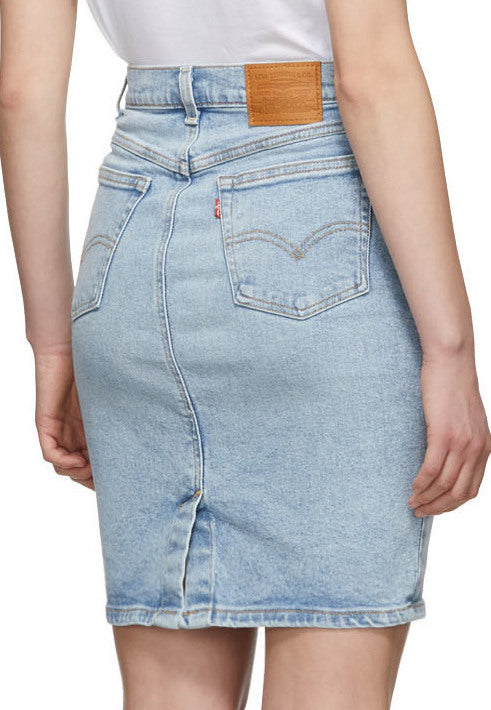 The Essential Levis Skirt