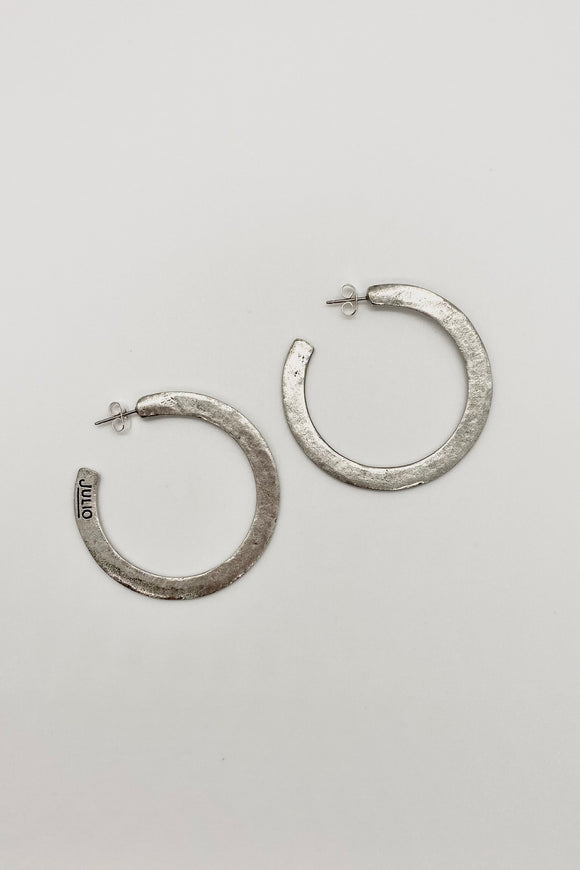 Medium Hammered Hoop -Silver