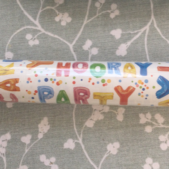 Gift Wrap-Hooray Party