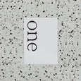 BRANDY TABLE NUMBER WHITE / BLACK