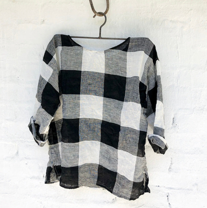 Jane Linen Top - Black and White Square