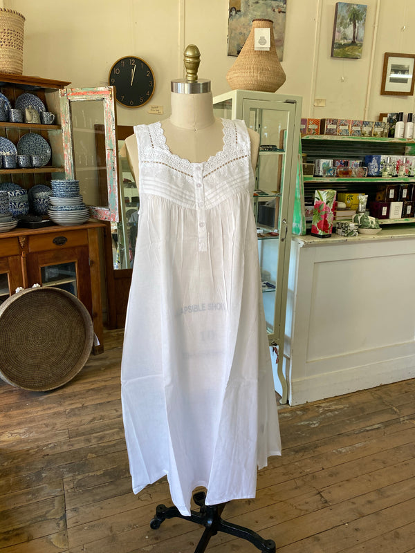 White Cotton Nightie with Lace Detail