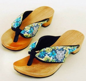 Geta Sandals by Chiezo