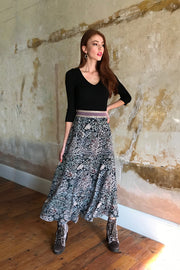 Pazuki | AW19 | Aphrodite Guipure Black Copper Midi Skirt - Model