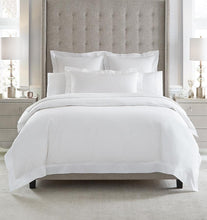 Load image into Gallery viewer, Continental Pillowsham 26X26 - Giza Percale Collection - By Sferra