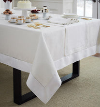 Load image into Gallery viewer, Oblong Tablecloth 66X140 - Reece Collection - By Sferra