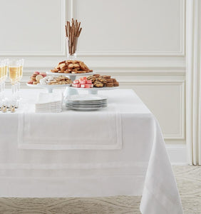 Oblong Tablecloth 66X106 - Tipton Collection - By Sferra