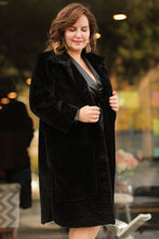 Load image into Gallery viewer, Women's Oversize Button Black Furry Coat
