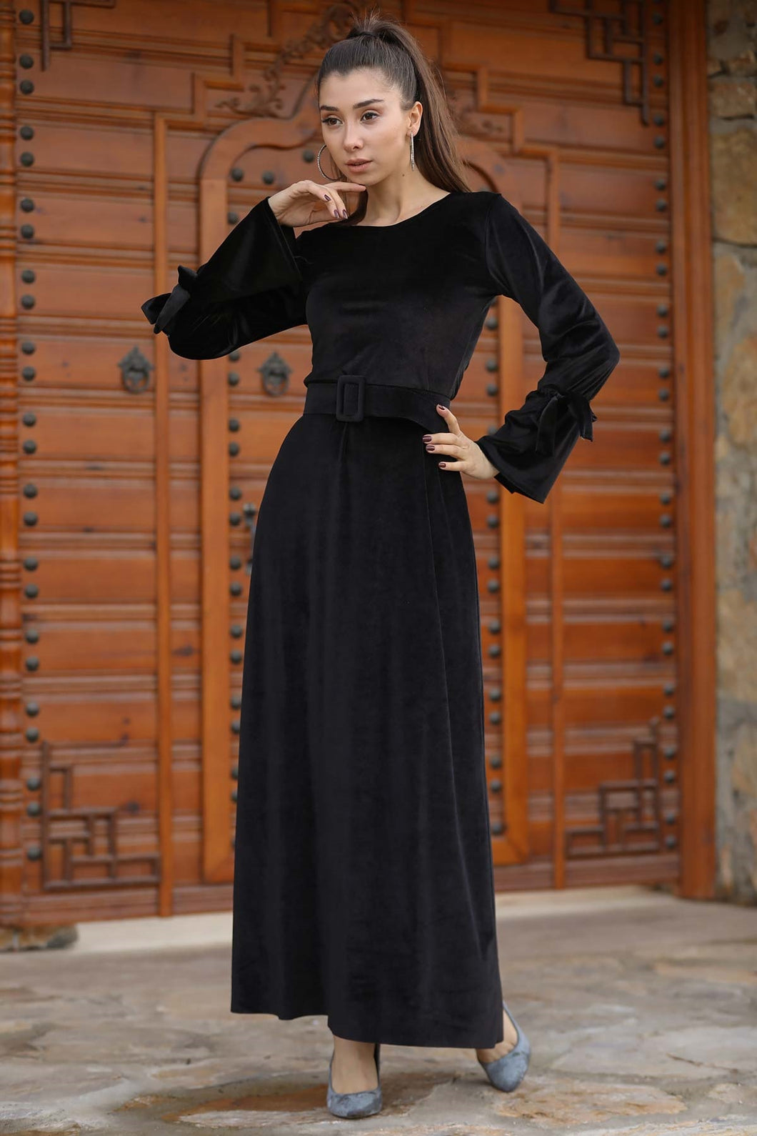 Women's Belted Black Velvet Long Dress
