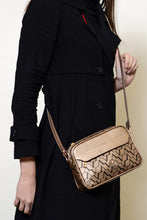 Load image into Gallery viewer, Women's Strappy Gold Bag