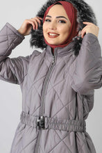 Load image into Gallery viewer, Women's Oversize Inner Fur Grey Quilted Coat
