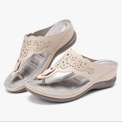 【BUY 2 FREE SHIPPING】Best Sellers 2020——Carving Comfy Flip-Flops