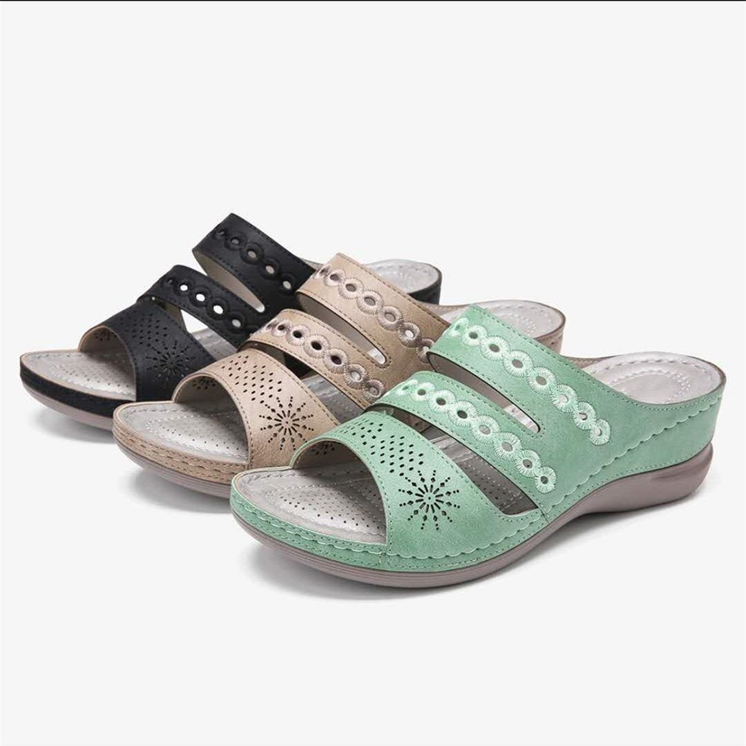 【BUY 2 FREE SHIPPING】Best Sellers 2020—Embroidery Carving Comfy Wedges Sandals