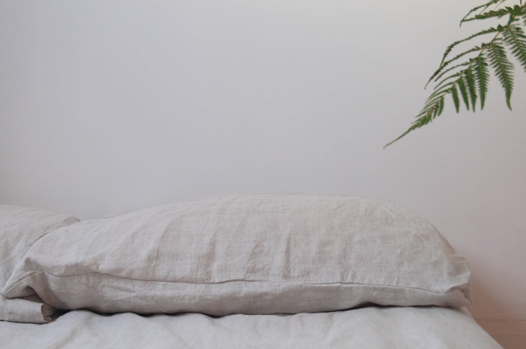 Organic hemp bed set in natural colour.