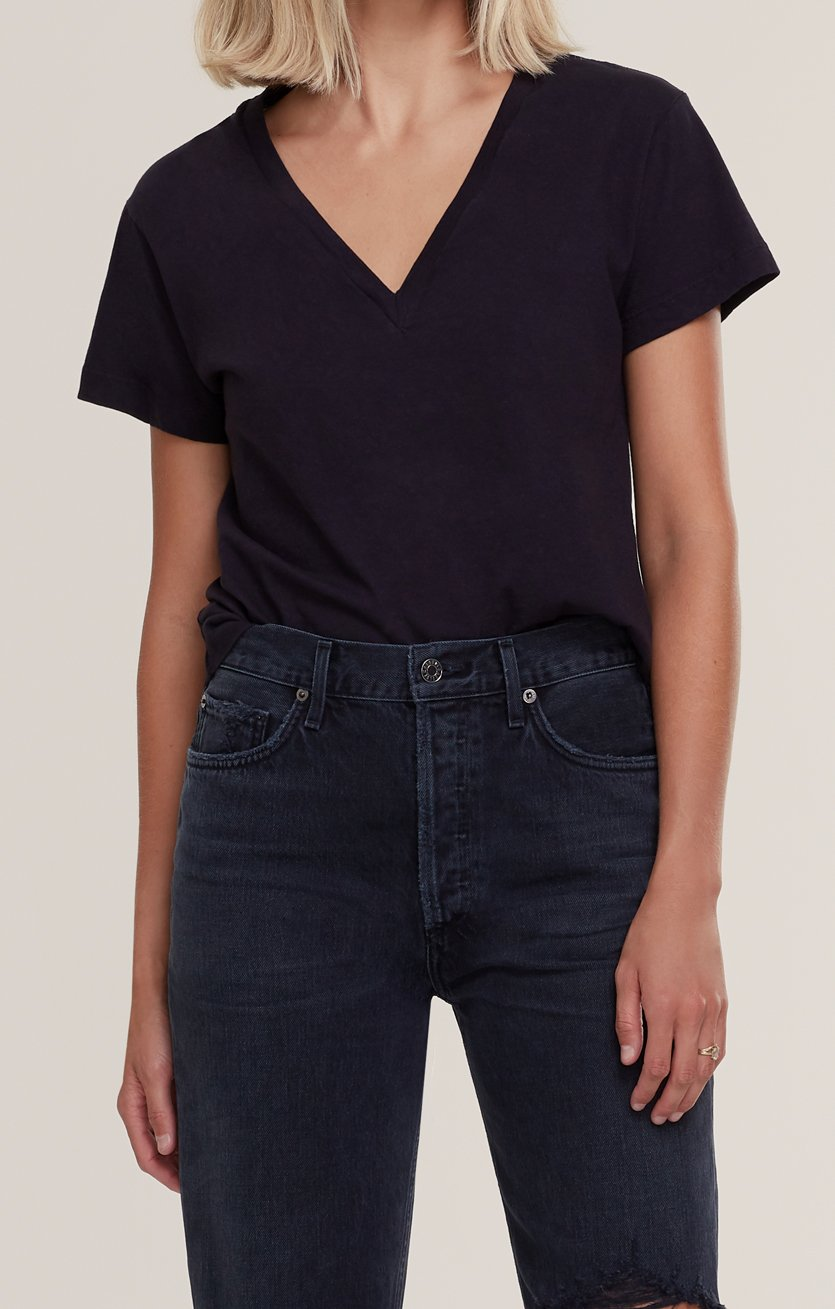 Thea V Neck T Shirt in Black