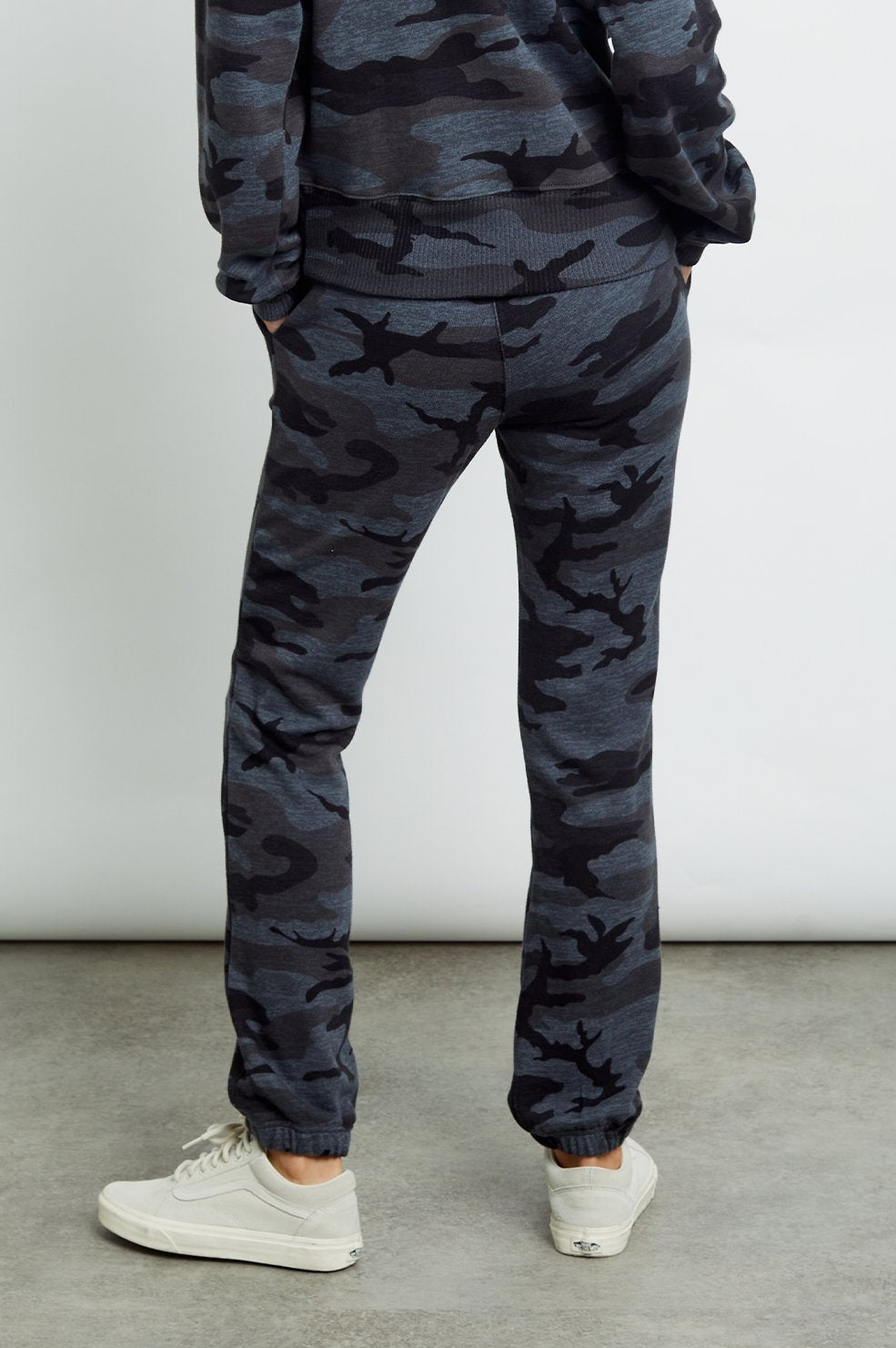 Kingston Sweats in Iron Camo