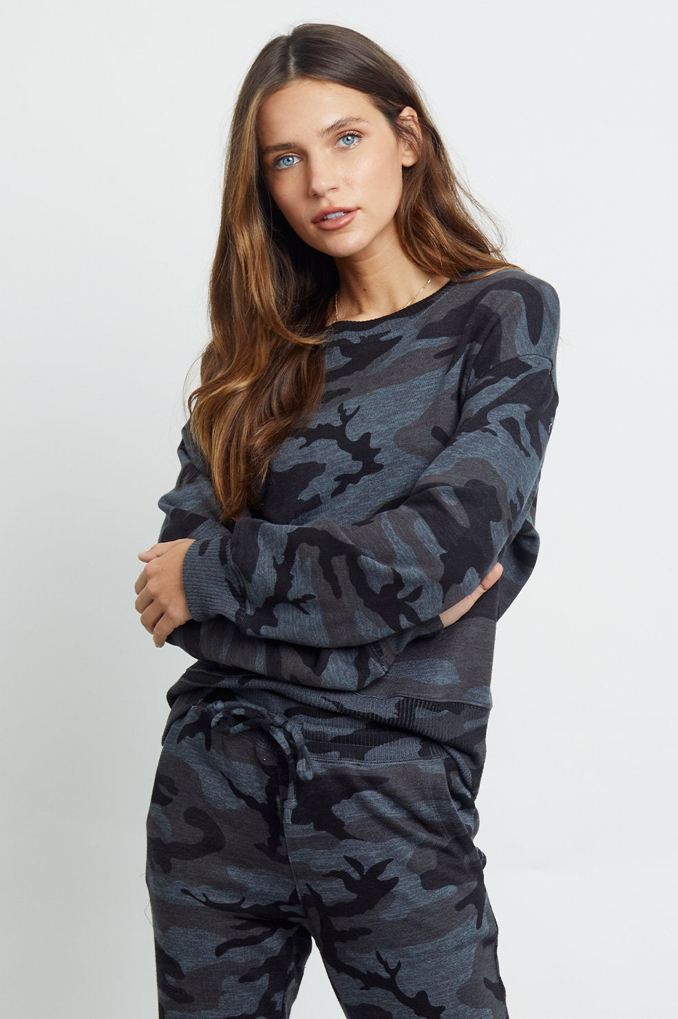 Ramona Sweatshirt in Iron Camo