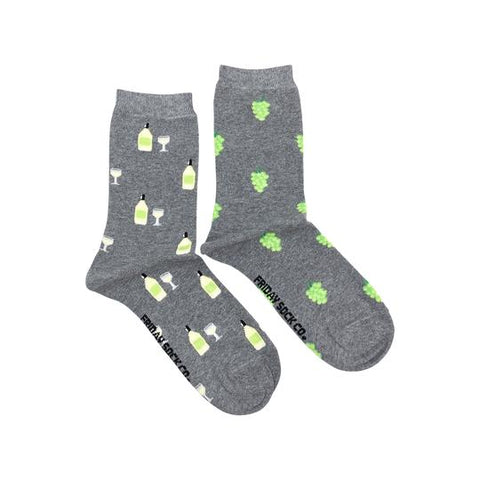 White Wine & Grapes Socks