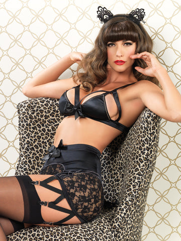 Vixen triangle bra & suspender - LingerieBoutique - 2