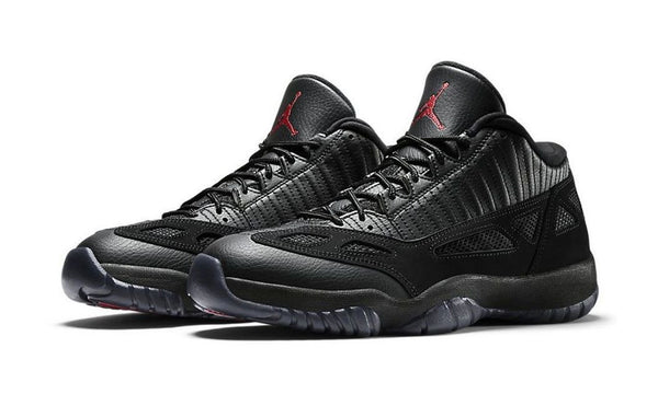"zBay Halloween Auction - Sunday 10/27 - Air Jordan 11 Low ""Referee"""