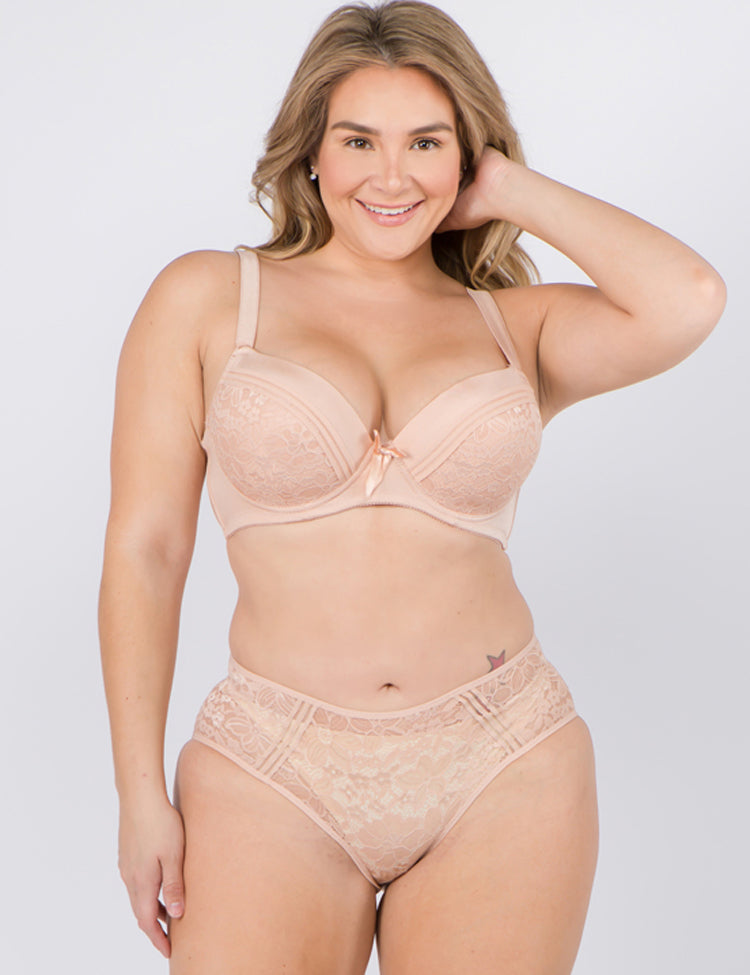 amy- supportive plus-size bra featuring wide straps, solid bands, and a three-stripe floral lace combination with a dainty bow in the cent