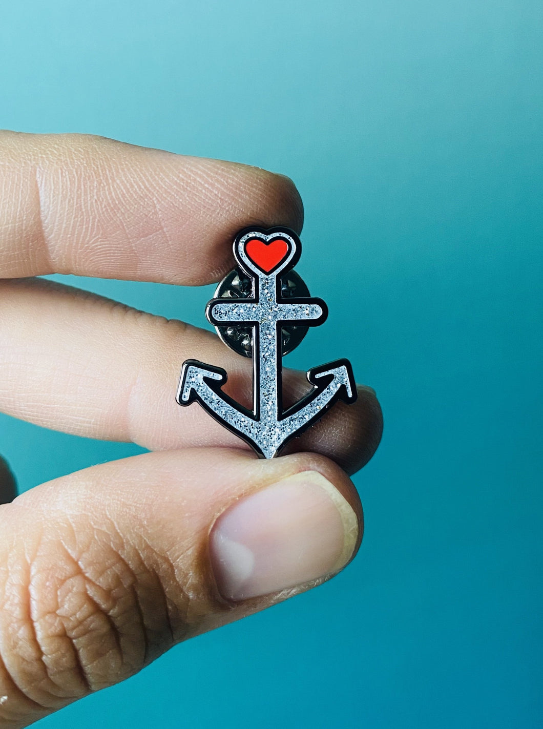 Anchor Glitter Pin