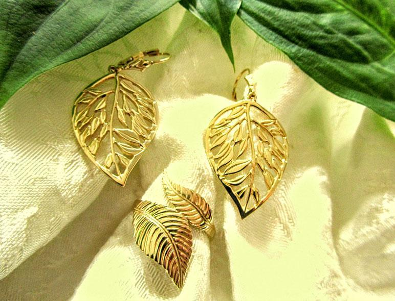 10k Gold Leaf Earrings - Artfest Ontario - Delicate Touch Jewellery - Fine Jewellery