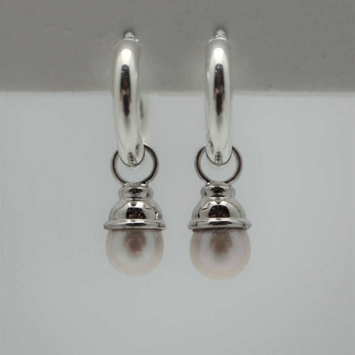 Cora - White Pearls - Artfest Ontario - Devine Fine Jewellery - Earrings