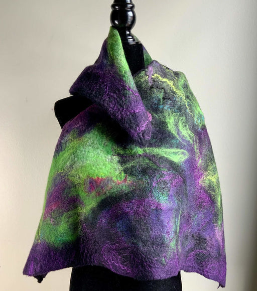 Dramatic square - Artfest Ontario - Love to Felt Artwear - Clothing & Accessories