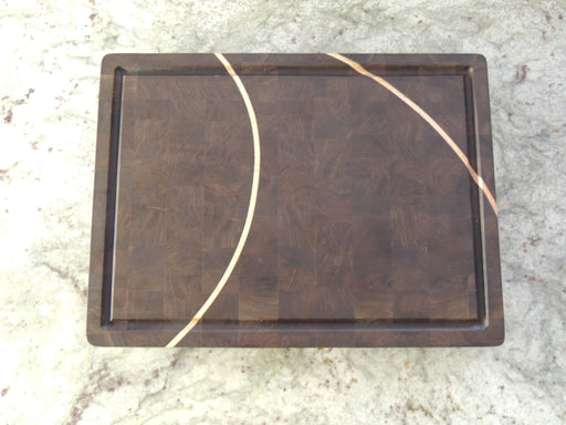 End Grain Walnut Cutting Board With Maple Insert - Artfest Ontario - Kevin's Offcuts - woodwork